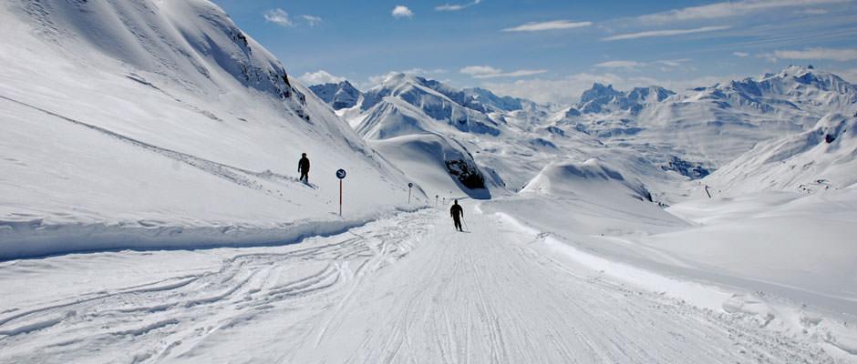 zurs-am-arlberg-skiing_mini