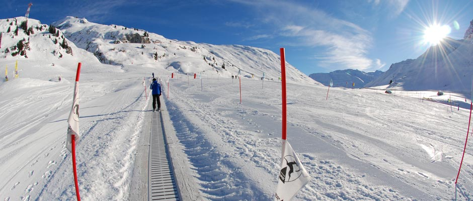 beginner-skiing